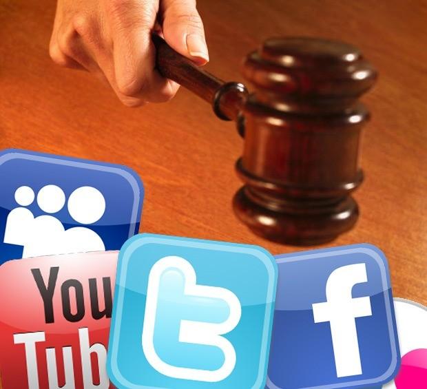 Photo of «هنا أمثل نفسي»… لا تخلي مسؤولية الصحافي في «تويتر»!