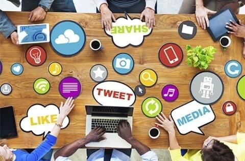 Photo of أربع خطوات لتلخيص نشاطك اليومي في الإعلام الاجتماعي