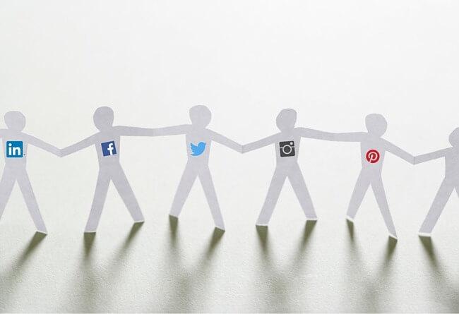 Photo of كيف يستخدم المسوقون الإعلام الاجتماعي؟